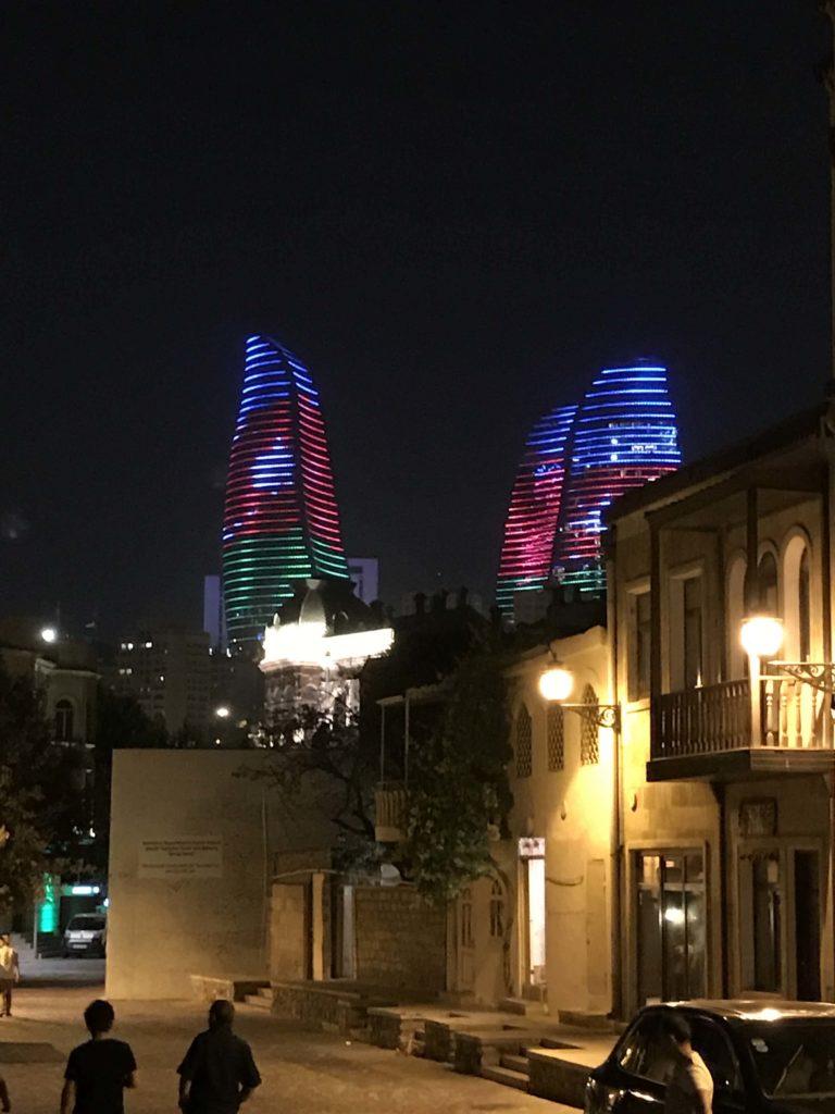 旧市街のライトアップ