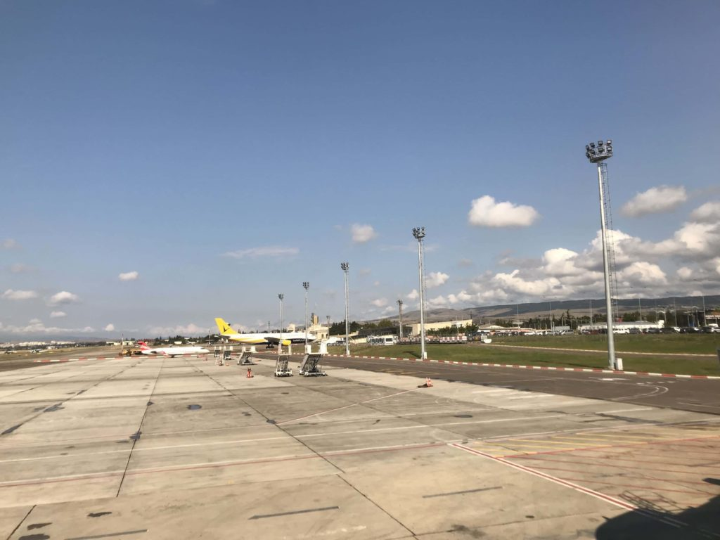 トビリシ国際空港の滑走路