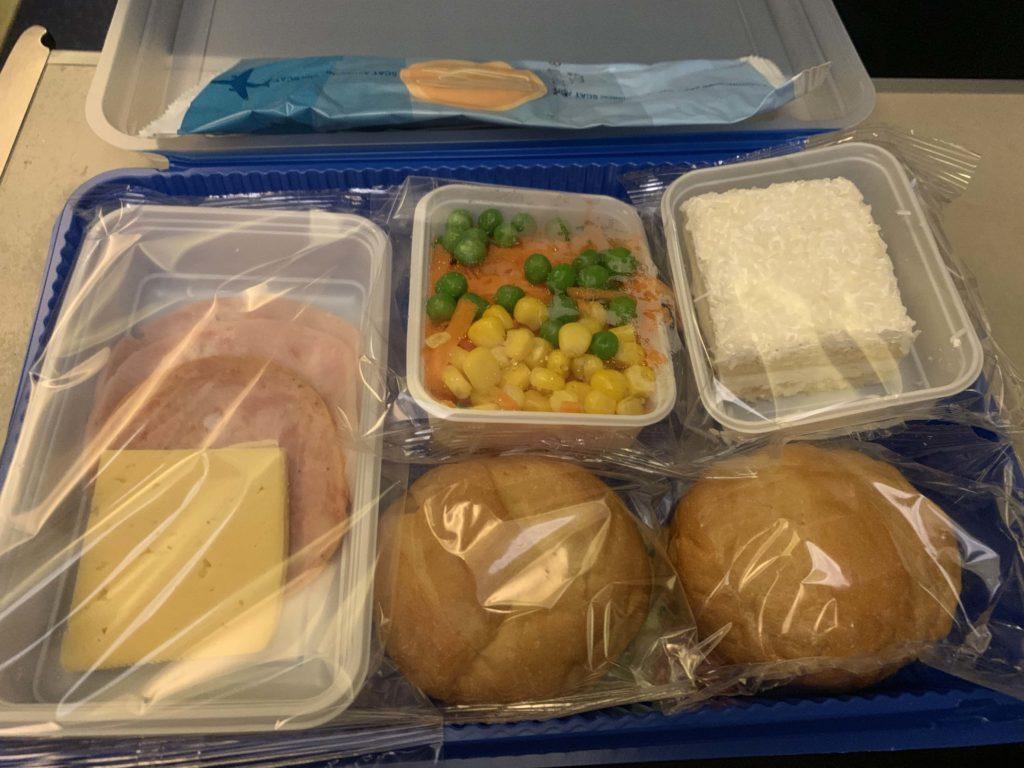 SCAT航空の機内食
