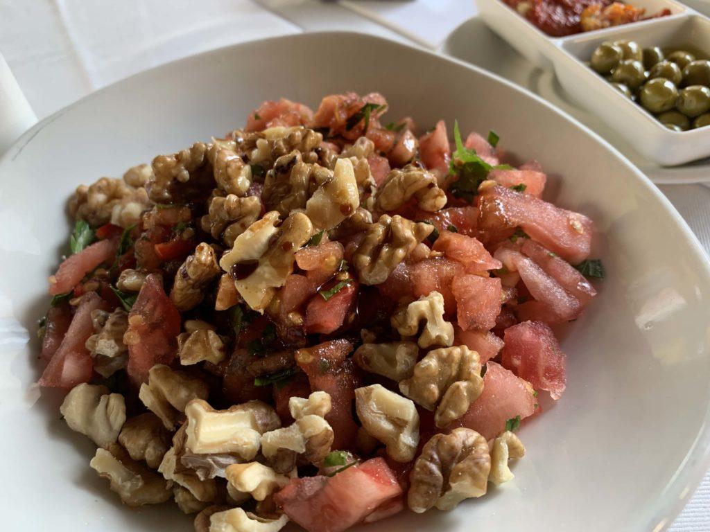トルコ料理のサラダ