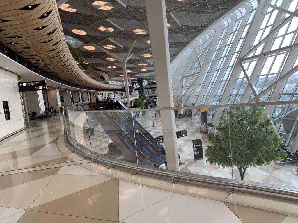ヘイダル・アリエフ国際空港 2階