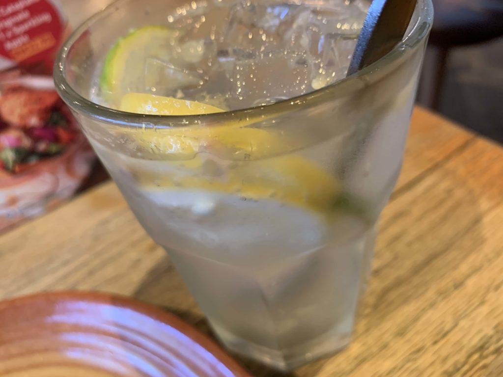 レモンライムの炭酸水